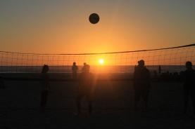 sunset-volleyball