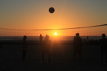 sunset-volleyball