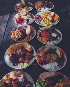 vegan-organic-buffet-surf